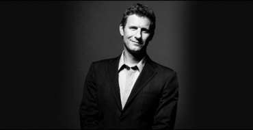 Review: Adam Hills: Mess Around – Assembly@Assembly Hall, Edinburgh.