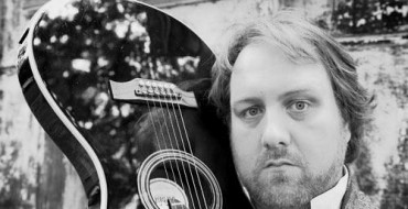 CD Review: Mitch Benn & The Distractions – Breaking Strings.