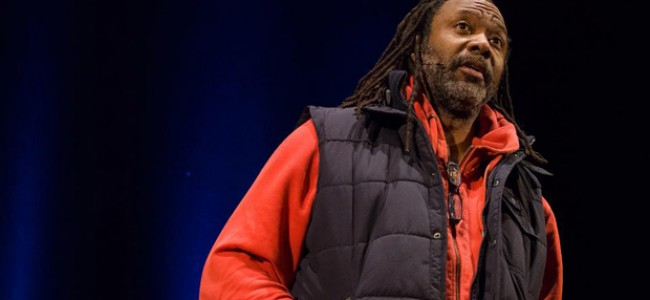 Review: Reginald D. Hunter: In the Midst of Crackers – Mill Volvo Tyne Theatre, Newcastle